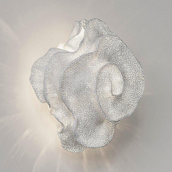 Nevo Wall Lamp