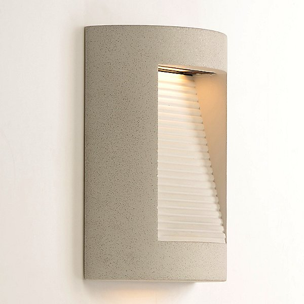 Isotta LED Outdoor Wall Light