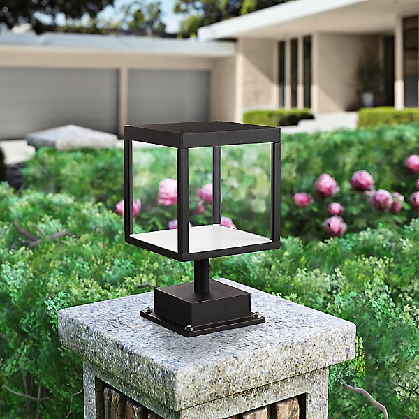 Reveal LED Outdoor Square Pier Mount