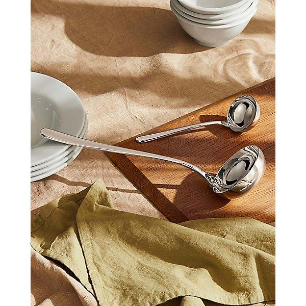 LCD01/13 - Caccia Sauce Spoon