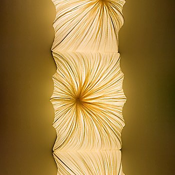 Zika LED Wall/Ceiling Light / Detail view