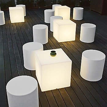 Kubbia Moderna XL LED Cube / in use