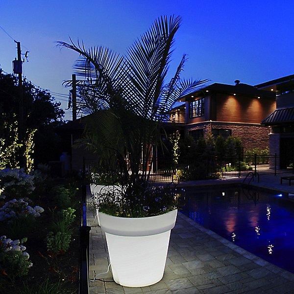 Aix Classica Outdoor XL LED Planter