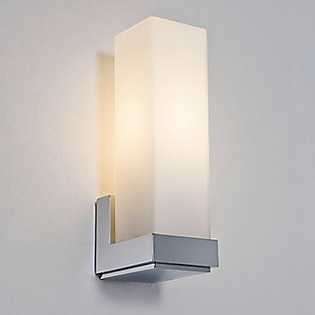 Taketa Wall Sconce / in use