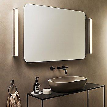 Artemis 600 Bath Bar / in use