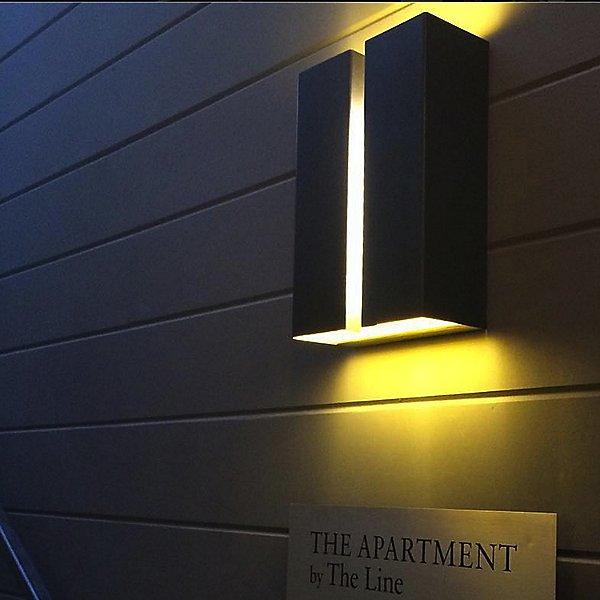 Breche Outdoor LED Wall Light
