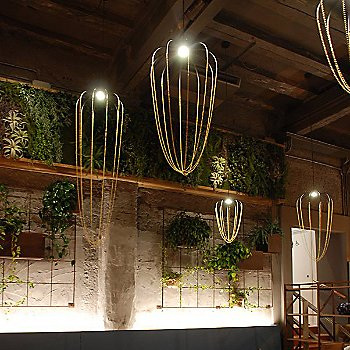 Alysoid LED Pendant collection / illuminated / in use