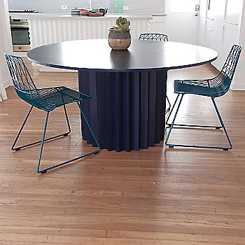 Peacock Blue finish, in use