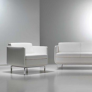 Essential Leather: Quartz color / in use