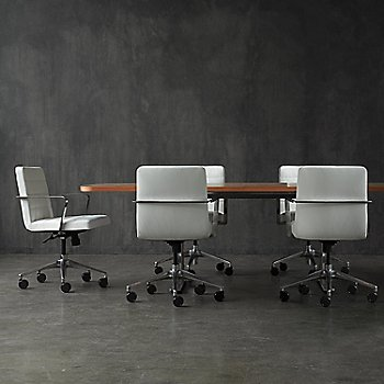 Essential Leather: Quartz Upholstery / in use
