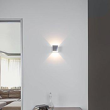 Brushed Chrome finish / illuminated