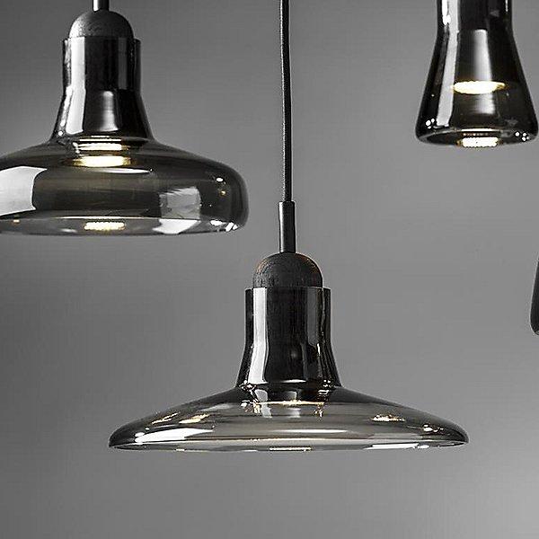 Shadow Medium Pendant Light