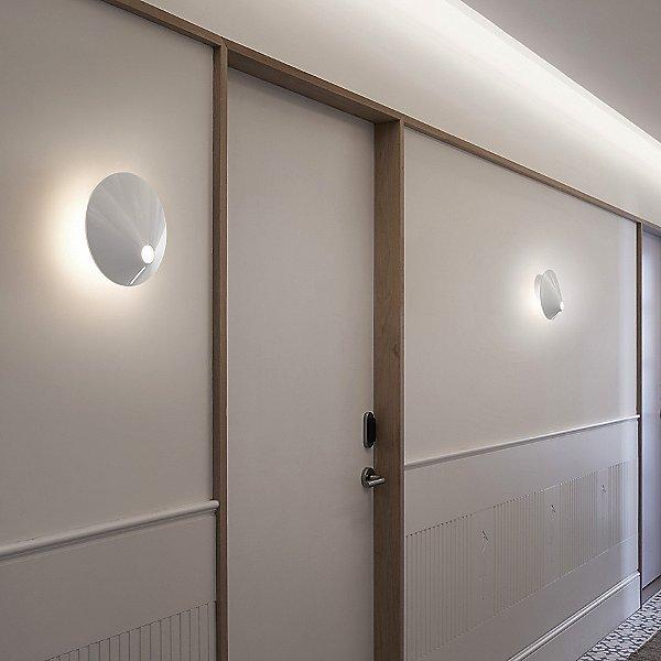 Non La 01 Wall Light