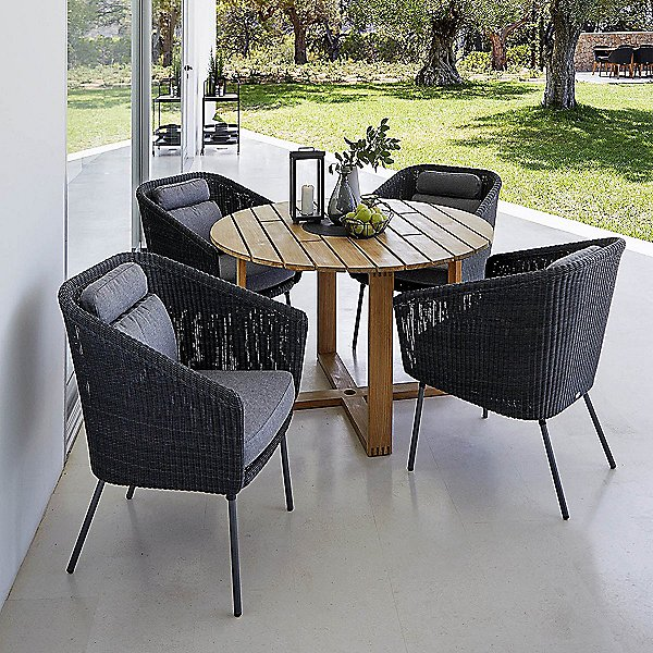 Mega Outdoor Dining Chair