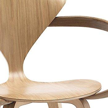 White Oak Rift Cut finish / Detail view