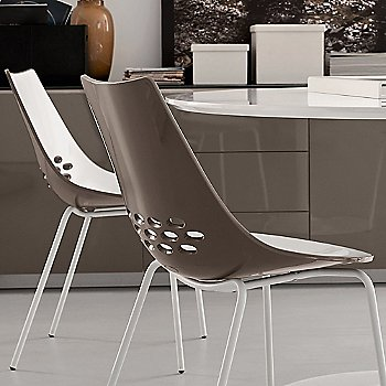 Shown in Glossy Taupe, Matte Optic White finish