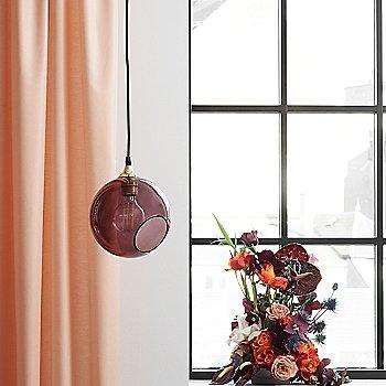 Purple Rain Glass color / Small size, in use