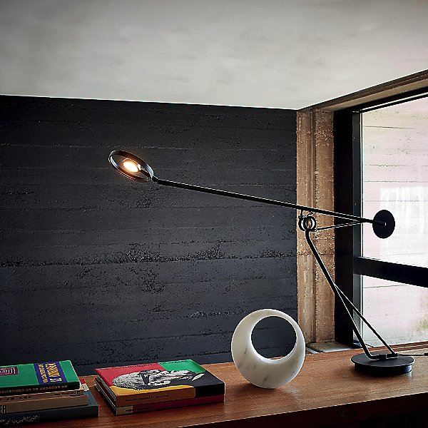 Aaro LED Table Lamp