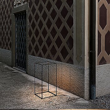 Bronze finish / in use