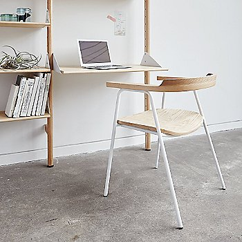 label=Blonde/ White brackets - desk detail