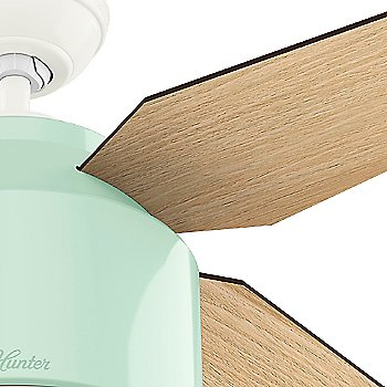 Mint finish with Blonde Oak blades / Detail view