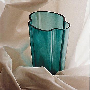 Sea Blue color, in use