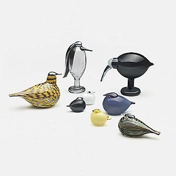 Toikka Bird - Kuulas Rain with Toikka Bird - Ruby, iittala Toikka Butler and iittala Toikka Black Ibis