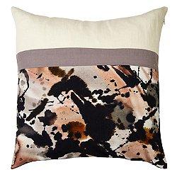 En Casa 16 Pillow