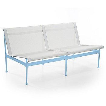 Chestnut Mesh seat color / Chestnut frame in use