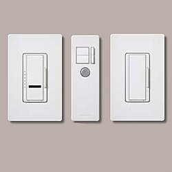 Maestro IR - Incandescent 600W - Multi Location - Preset Smart Dimmer Package with IR Transmitter