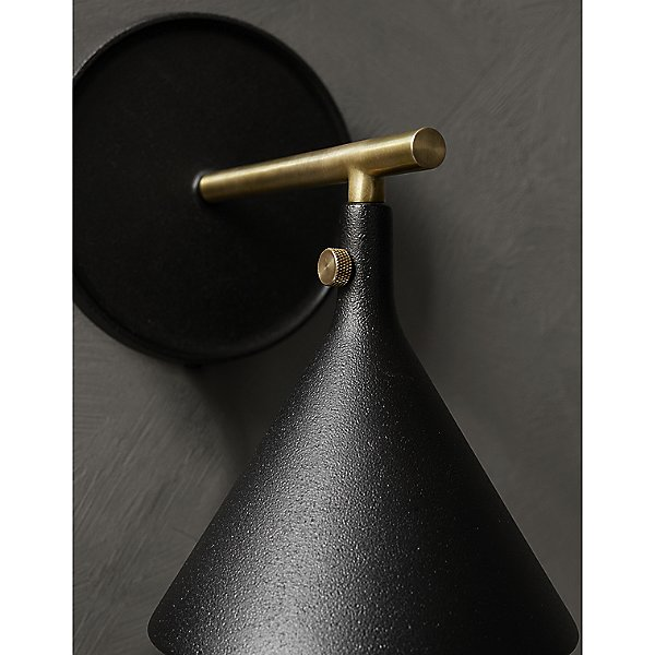 Cast Plug-In Wall Sconce
