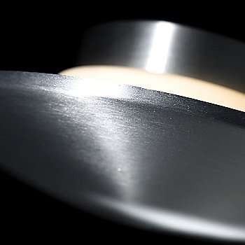 Brushed Aluminum finish / Detail view, illuminated