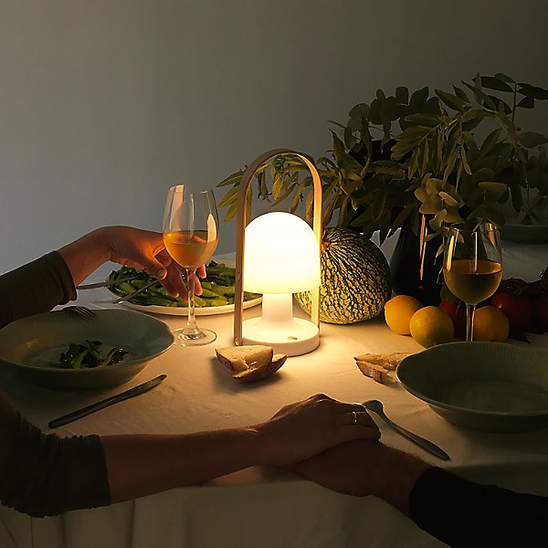 FollowMe Rechargeable LED Table Lamp