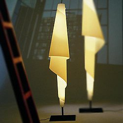 Costura F Floor Lamp