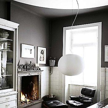 White finish / not illuminated / in use