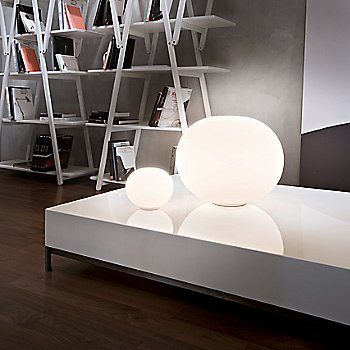 Glo-Ball Basic 1 Table Lamp / Illuminated