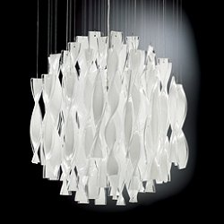 Avir Pendant Light