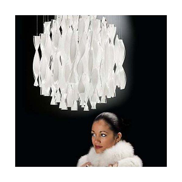 Avir Pendant Light