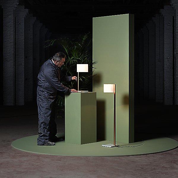 Beta Table Lamp