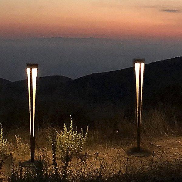 Lanai Solar LED Torch Light with Base