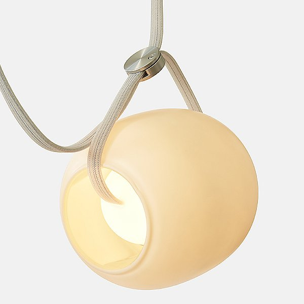 Vitis 7 LED Chandelier