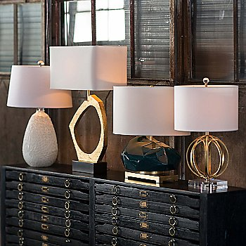 Ofelia Table Lamp / in use