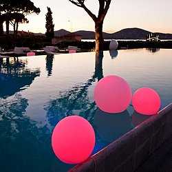 Ball LED Indoor / Outdoor Lamp