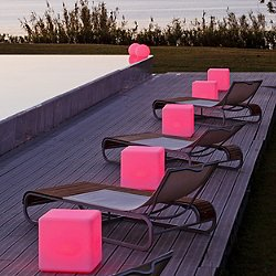 Cube LED Indoor / Outdoor Lamp