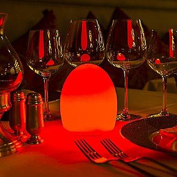 Translucent White / illuminated