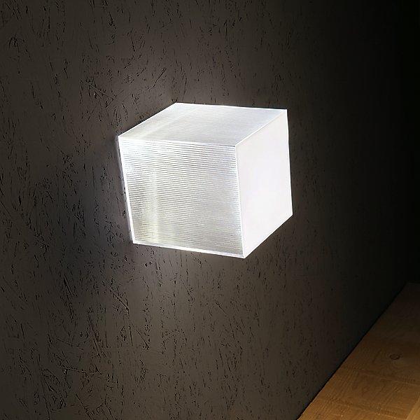 Beetle Mini Cube Led Wall Ceiling Light