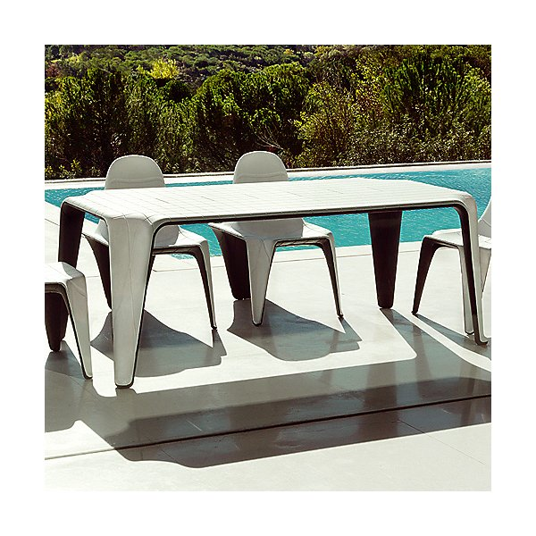 F3 Dining Table