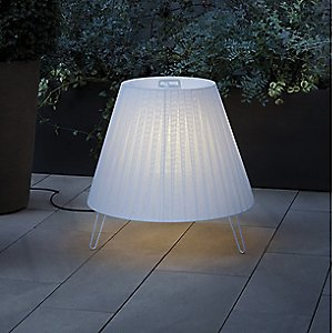 Sasha Plus Outdoor Floor Lamp by Carpyen