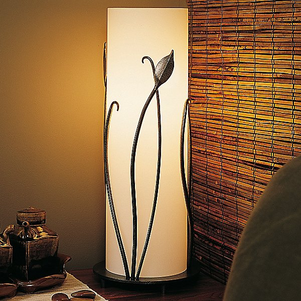 Forged Leaves Table Lamp