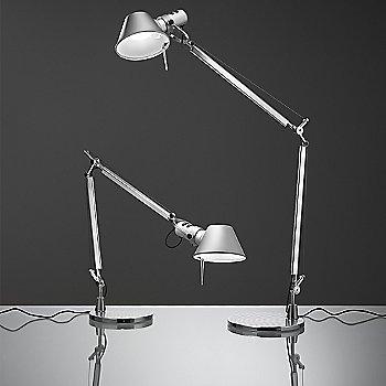 Aluminum finish / Table Base / in use